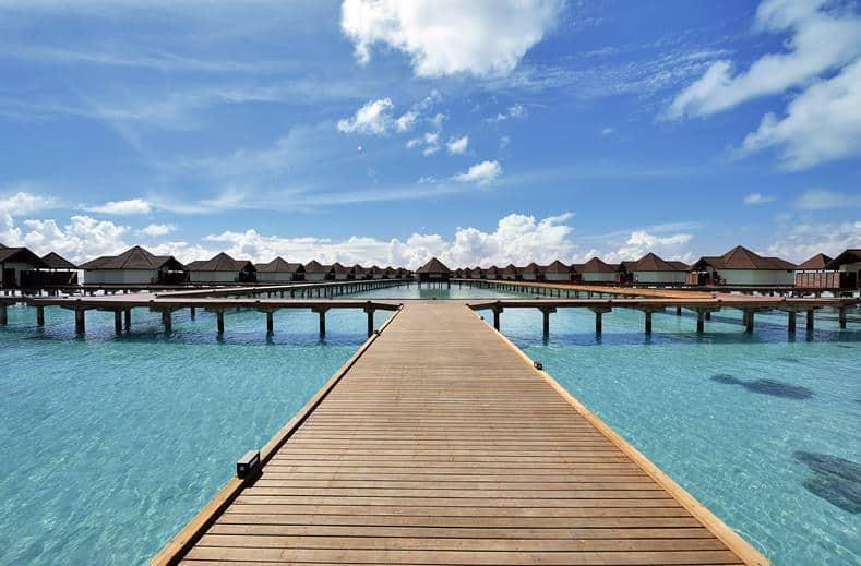 Robinson Club Maldives in Gaafu Alif Atol, Malediven