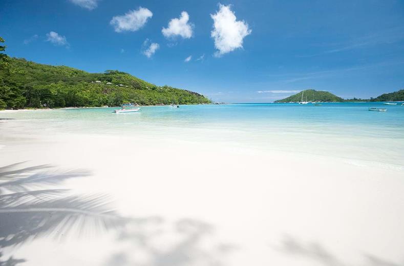 Strand van Constance Ephelia in Port Launay, Seychellen