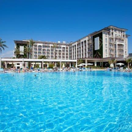 Zwembad van Sunis Elita Beach in Side, Turkije