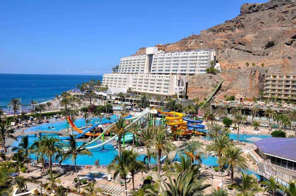 Uitzicht op Oasis Lago Taurito Water Park op Gran Canaria