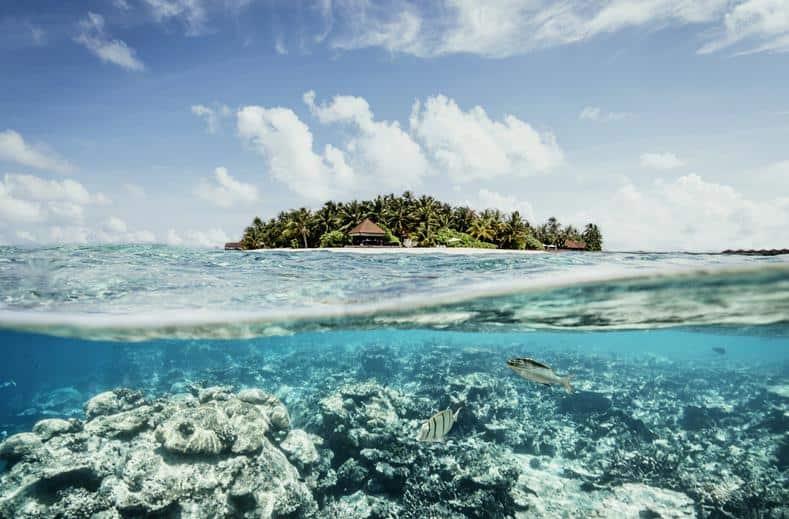 Zee van Robinson Club Maldives in Gaafu Alif Atol, Malediven