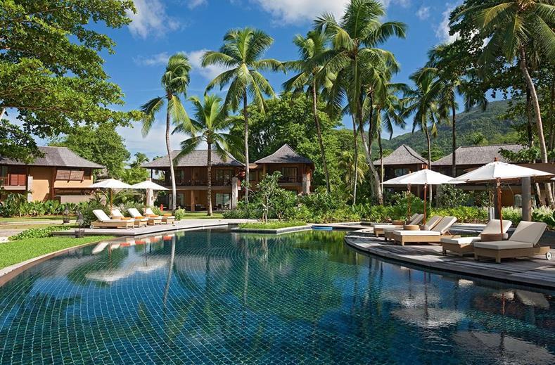 Zwembad van Constance Ephelia in Port Launay, Seychellen