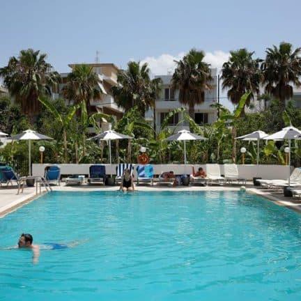 Zwembad van Hotel Imperial in Kos-Stad, Griekenland