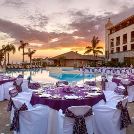 Diner van Costa Adeje Gran Hotel in Costa Adeje, Tenerife