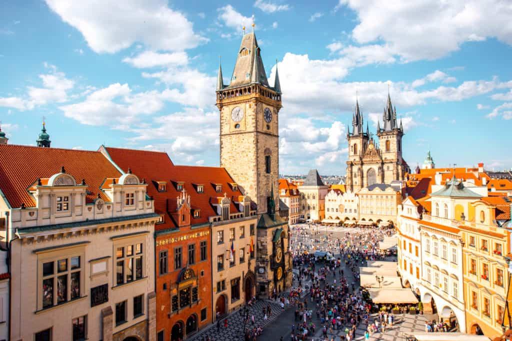 Uitzicht op de oude binnenstad van Praag in Tsjechië