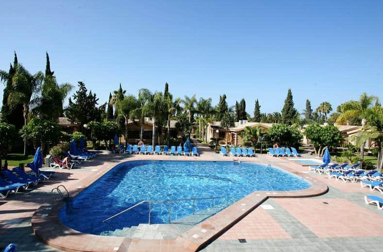 Zwembad van Dunas Suites en Villas in Maspalomas, Gran Canaria