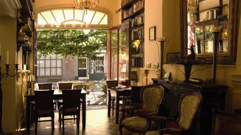 Bar van Hotel de Lantscroon in 's-Heerenberg, Gelderland