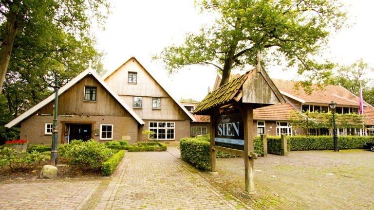 Hotel Tante Sien in Vasse, Overijssel