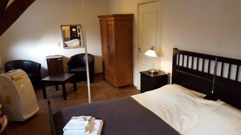 Hotelkamer van Hotel de Lantscroon in 's-Heerenberg, Gelderland