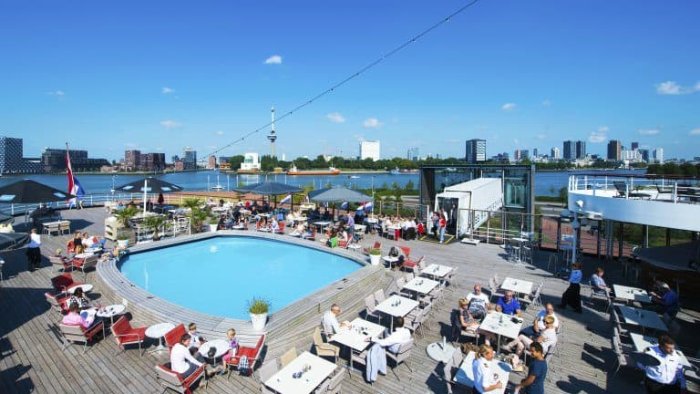 Terras van ss Rotterdam in Rotterdam, Zuid-Holland