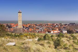 Uitzicht op West-Terschelling en de vuurtoren Brandaris