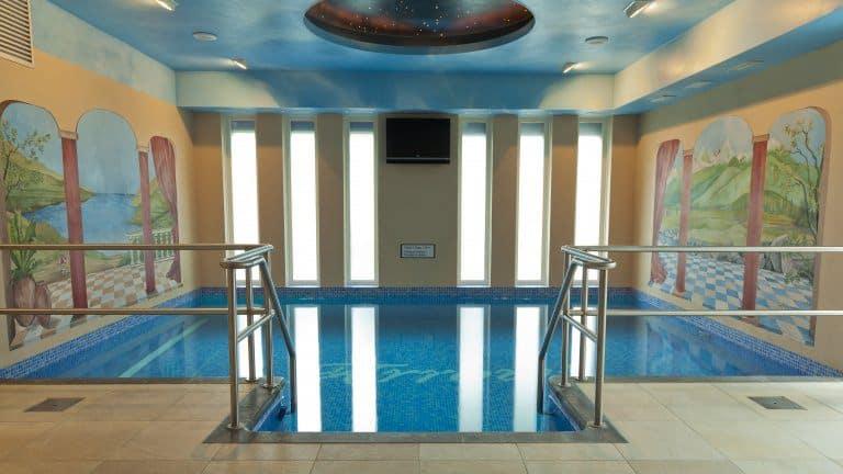 Zwembad van Hotel Arrows Uden in Uden, Noord-Brabant