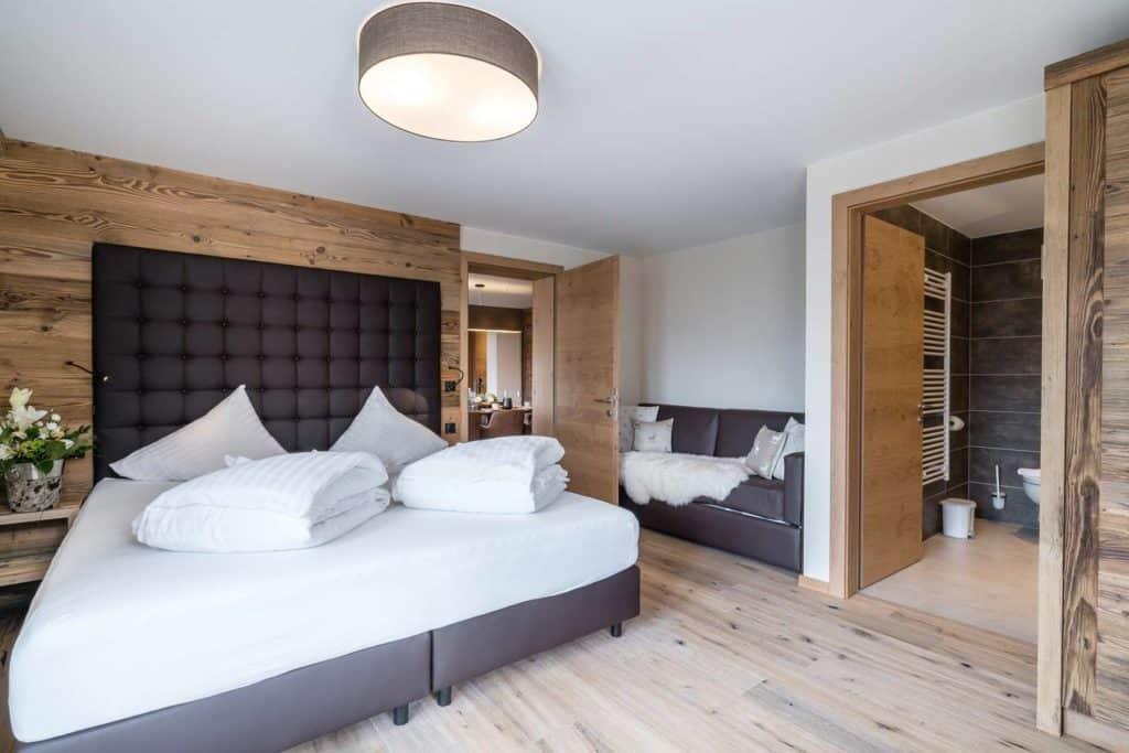 Slaapkamer in appartement van Vaya St. Zeno in Serfaus, Tirol, Oostenrijk