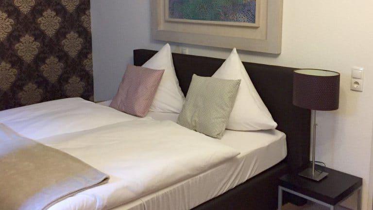 Hotelkamer van dS Hotel en Restaurant Bad Bentheim in Bad Bentheim, Nedersaksen, Duitsland