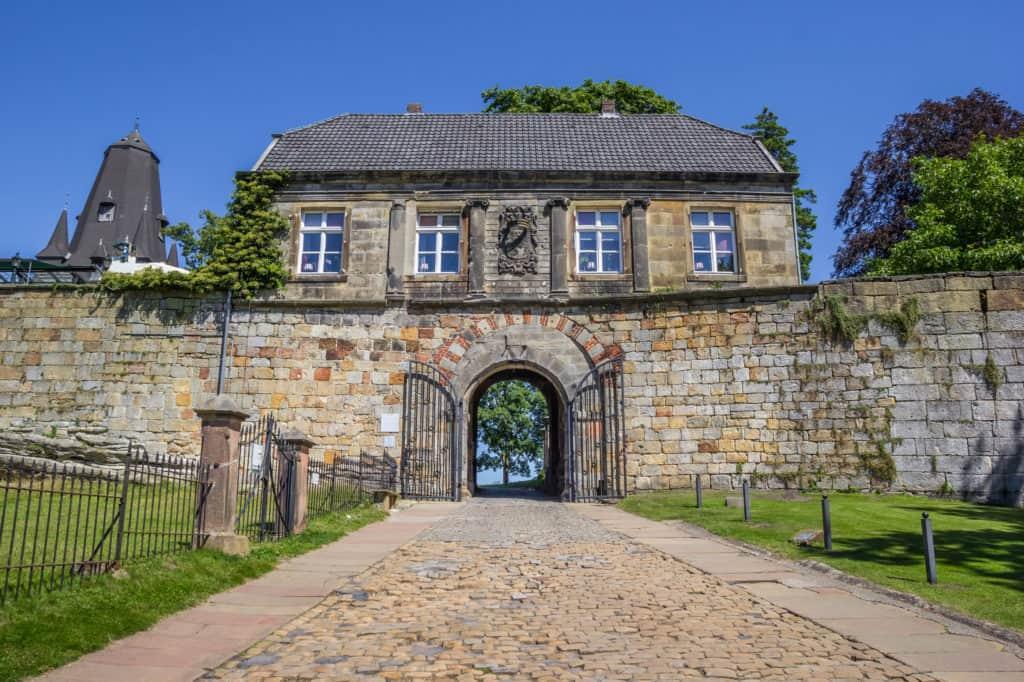 Ingang van de burcht van Bad Bentheim in Duitsland