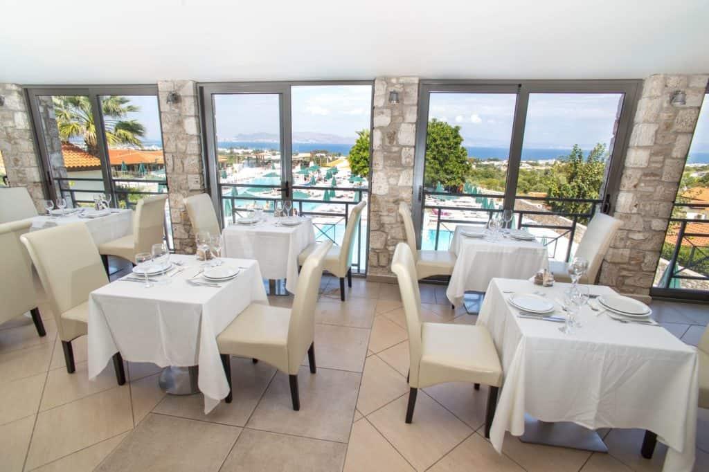 Restaurant van Aegean View Aqua Resort in Kos-Stad, Kos, Griekenland