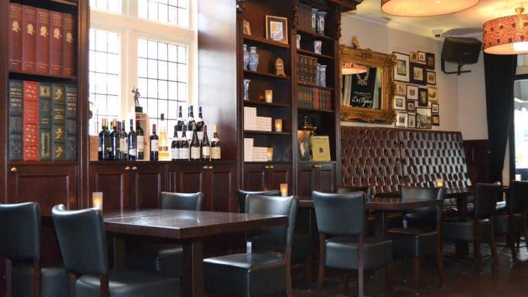 Restaurant van Friesland Hotel de Wijnberg in Bolsward, Friesland, Nederland
