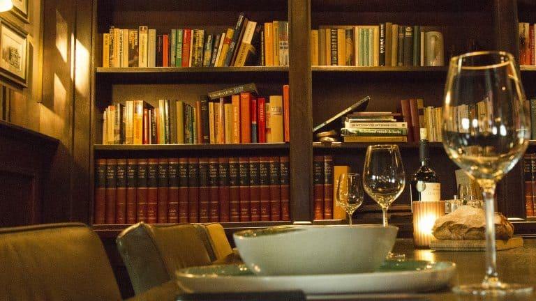 Restaurant van Hotel De Borgh Zevenbergen in Zevenbergen, Noord-Brabant, Nederland