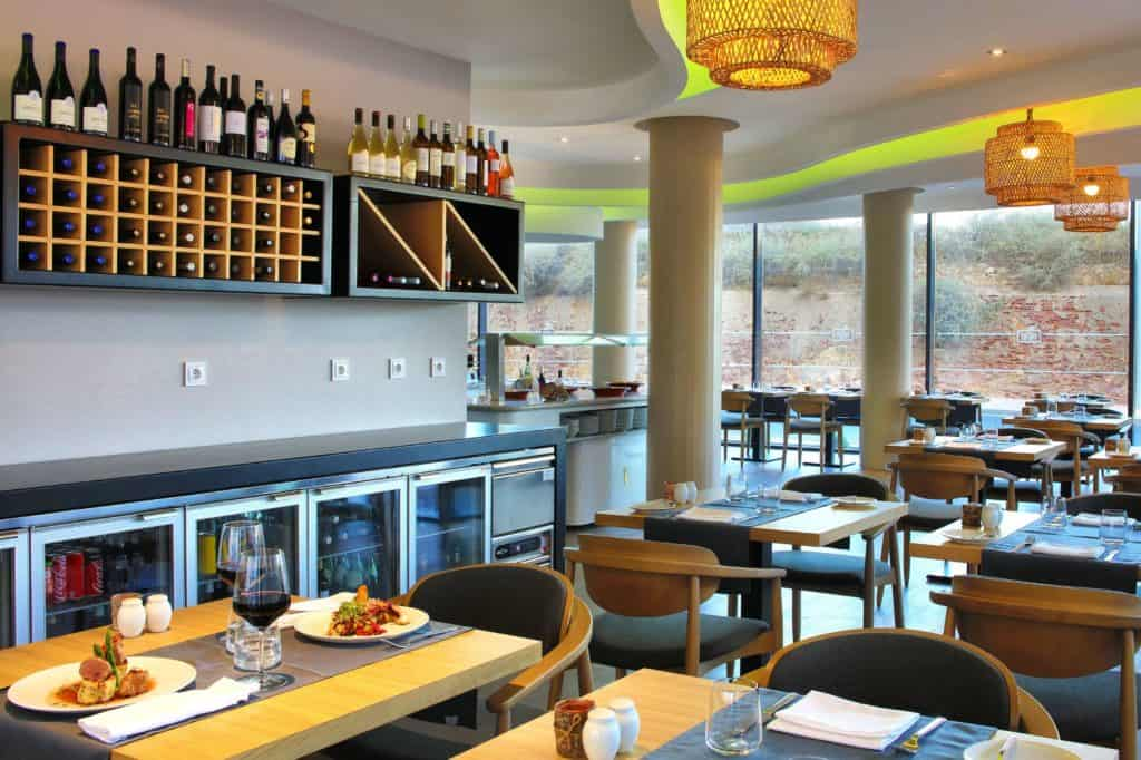 Restaurant van Jupiter Marina Hotel – Couples & Spa in Portimão, Algarve, Portugal