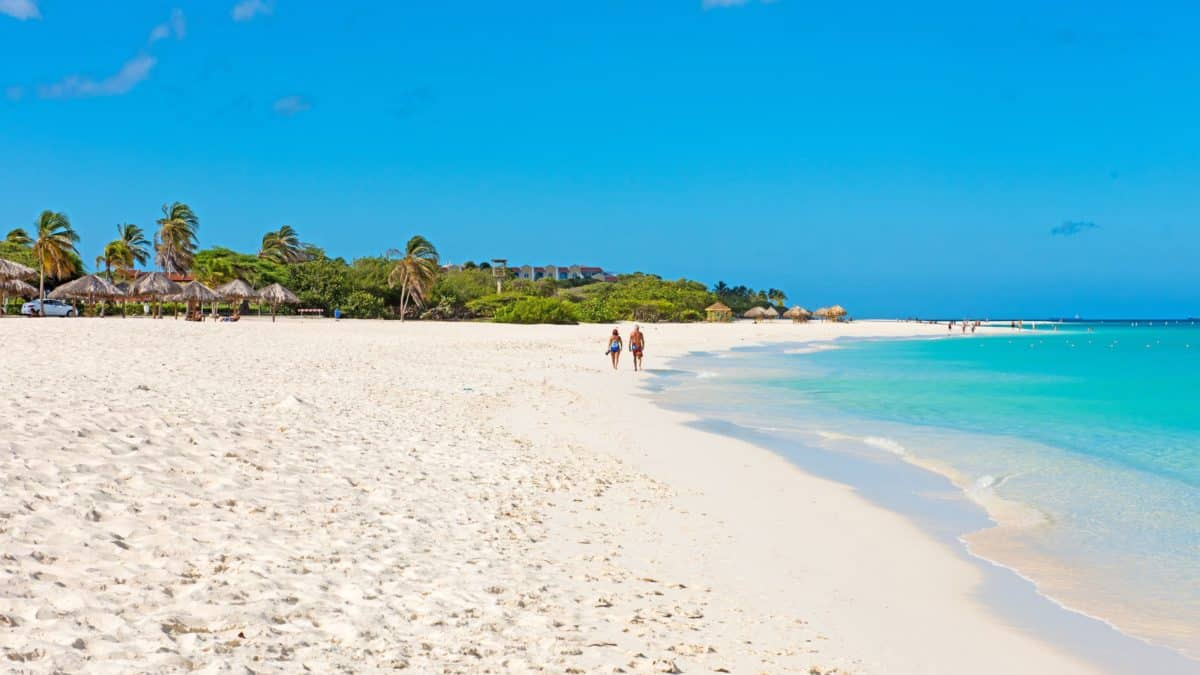 Strand bij Perle d'Or in Bubali, Aruba, Aruba