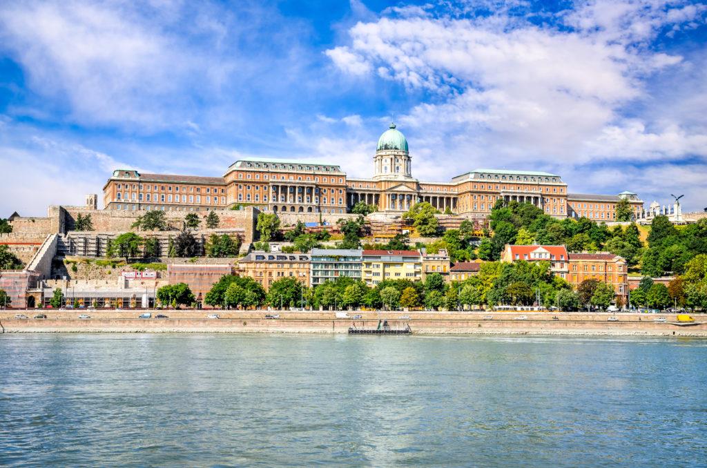 Uitzicht op de burcht van Boeda in Boedapest, Hongarije