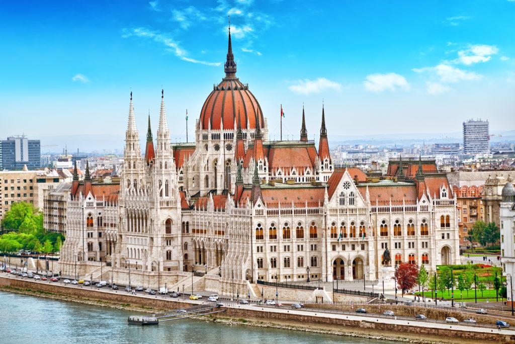Uitzicht op het Parlementsgebouw in Boedapest, Hongarije