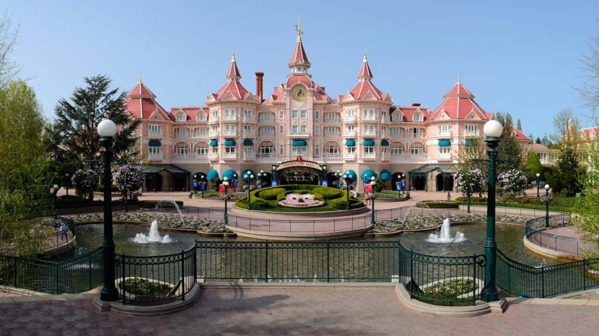 Disneyland Hotel in Marne-la-Vallée, Parijs, Frankrijk