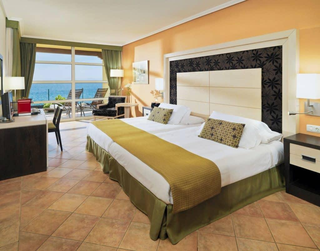 Hotelkamer van H10 Rubicon Palace in Playa Blanca, Lanzarote, Spanje