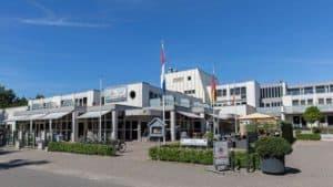 Strandhotel Bos en Duin in Oostkapelle, Zeeland, Nederland