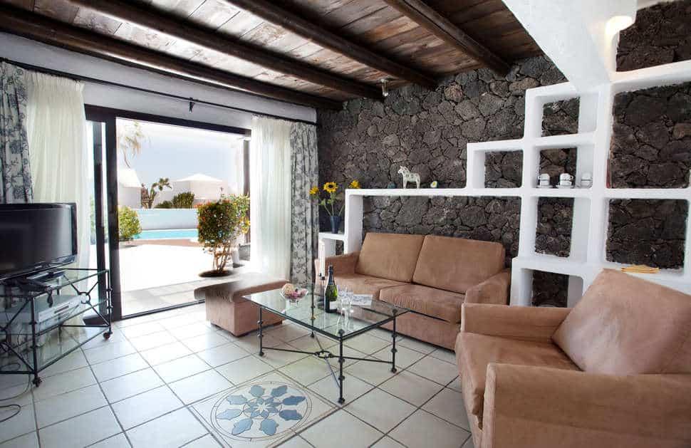 Woonkamer van Villas Kamezi in Playa Blanca, Lanzarote, Spanje