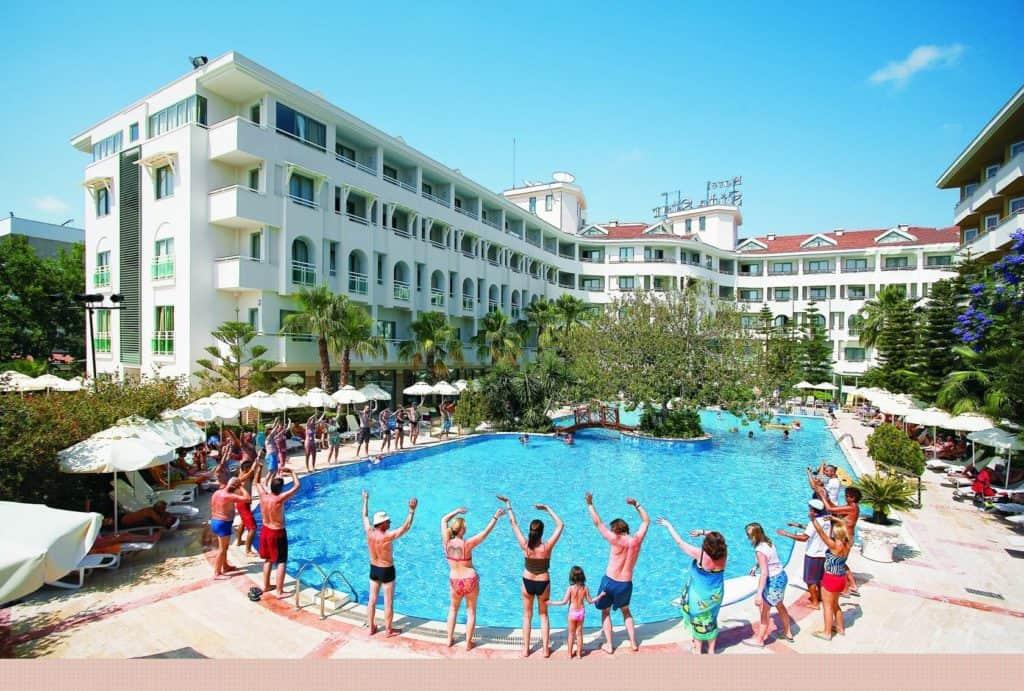 Zwembad van Hotel Side Star Beach in Side, Turkse Rivièra, Turkije
