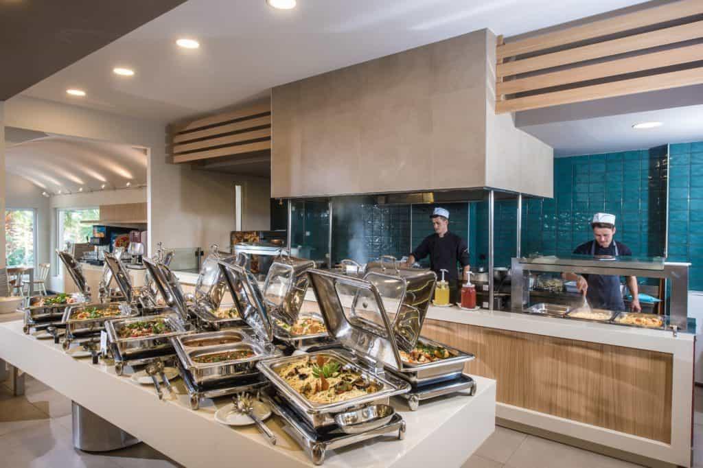 Buffetrestaurant van Hotel Stella Village in Analipsi, Kreta, Griekenland