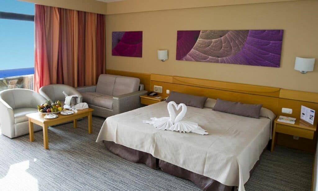 Hotelkamer van Gloria Palace Amadores Thalasso & Hotel in Puerto Rico, Gran Canaria, Spanje