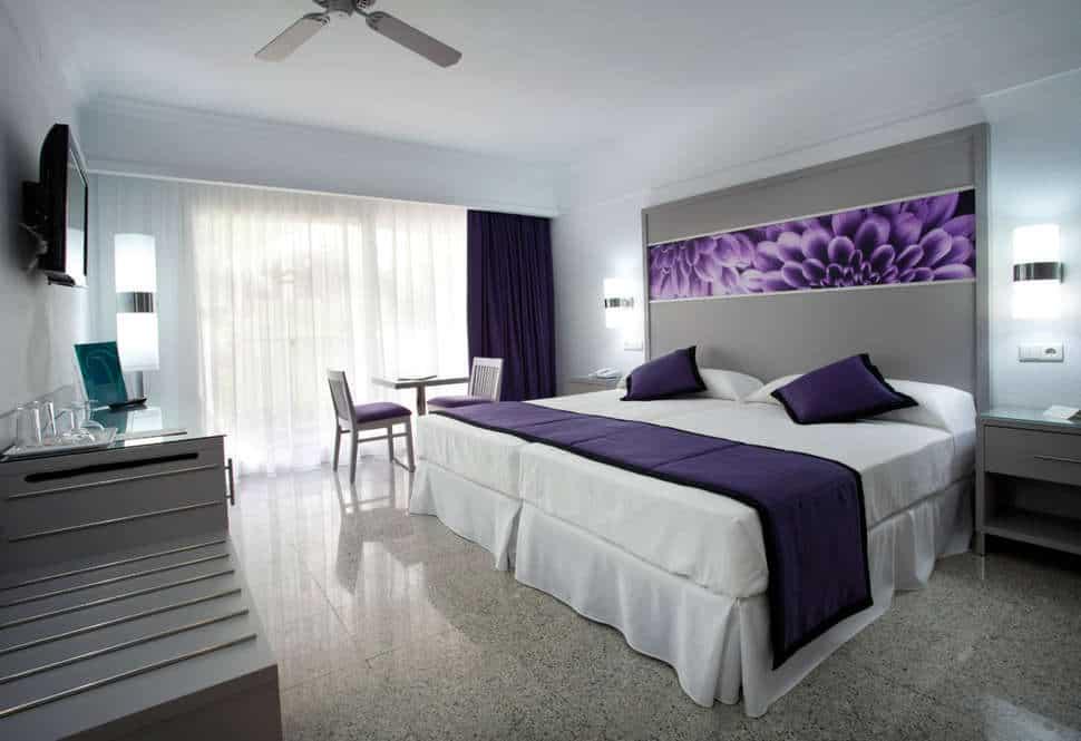 Hotelkamer van Hotel Riu Nautilus in Torremolinos, Costa del Sol, Spanje