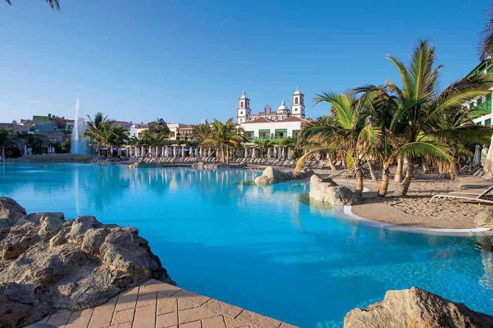 Zwembad van Lopesan Villa del Conde in Maspalomas, Gran Canaria, Spanje