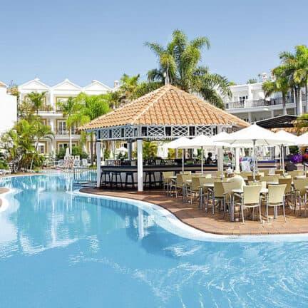 Zwembad van Parque del Sol in Costa Adeje, Tenerife, Spanje