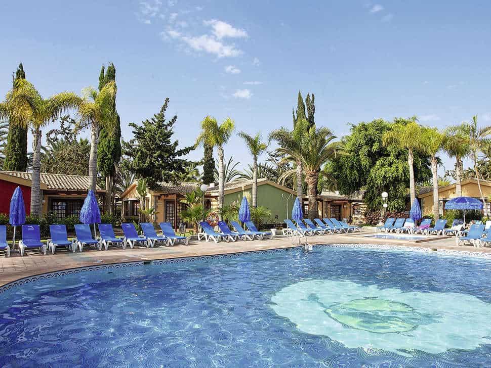 Zwembad van Suites & Villas by Dunas in Maspalomas, Gran Canaria, Spanje