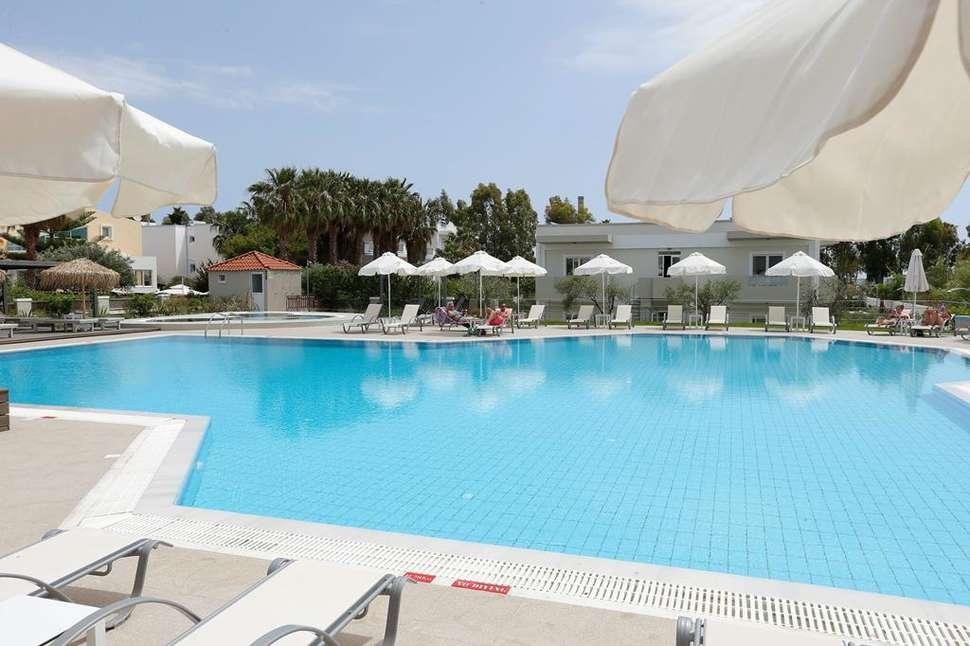 Zwembad van Time to Smile Artemis in Kos-Stad, Kos, Griekenland