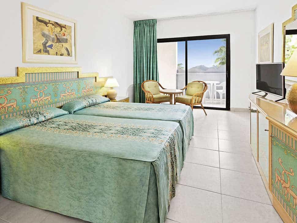 Hotelkamer van Bahia Princess in Costa Adeje, Tenerife, Spanje