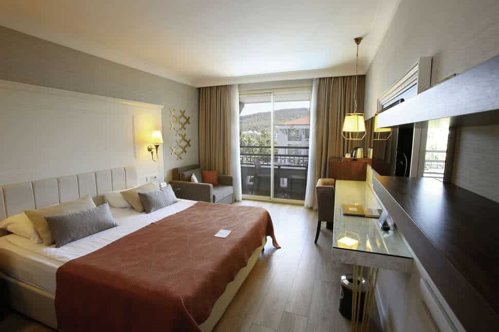 Hotelkamer van Fame Residence Kemer & Spa in Kemer, Turkse Rivièra, Turkije