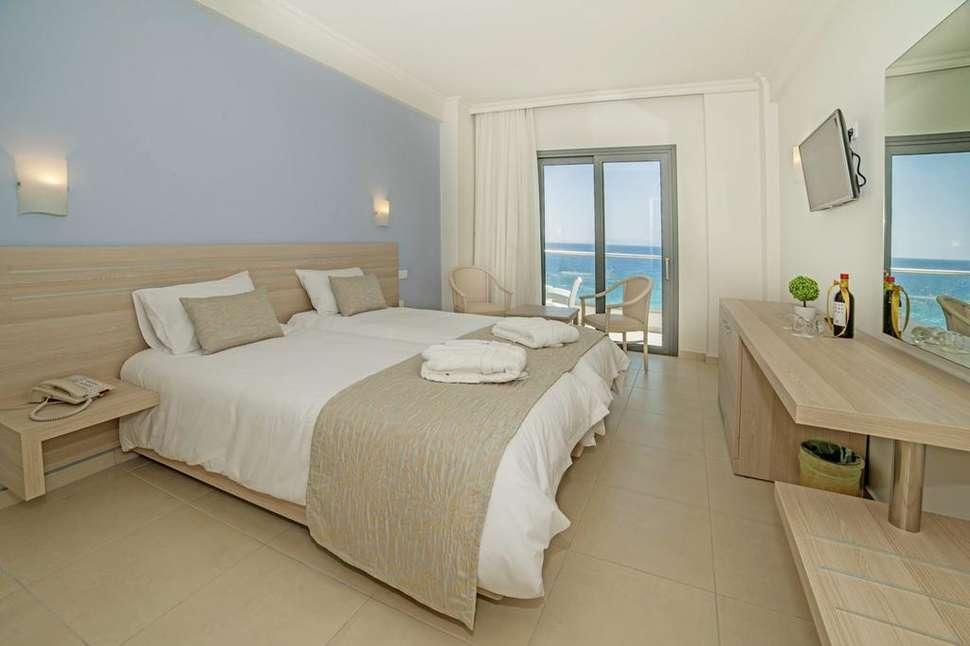 Hotelkamer van Rhodos Horizon Resort in Rhodos-Stad, Rhodos, Griekenland