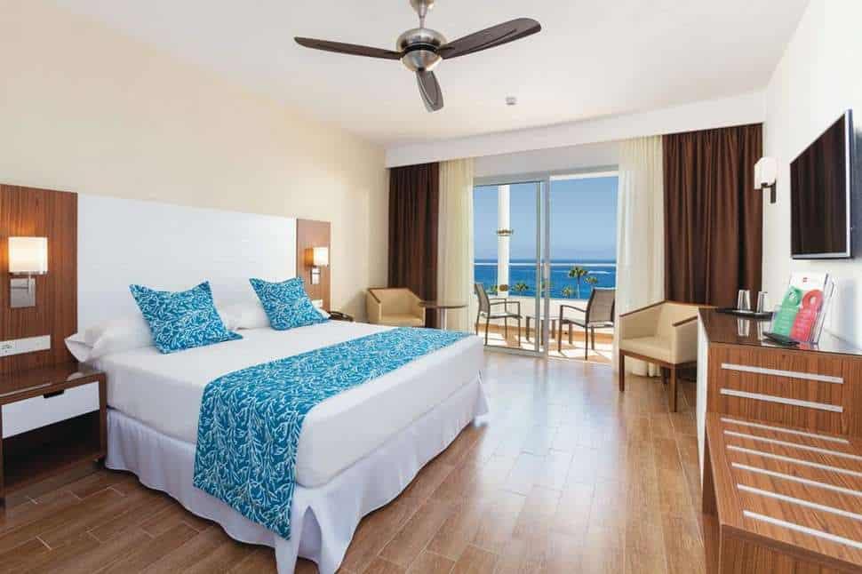 Hotelkamer van Riu Arecas in Costa Adeje, Tenerife, Spanje