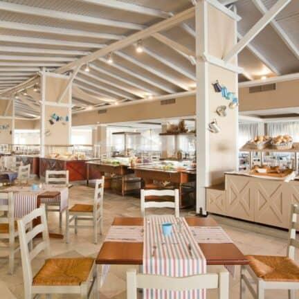 Restaurant van Kipriotis Village Resort in Psalidi, Kos, Griekenland
