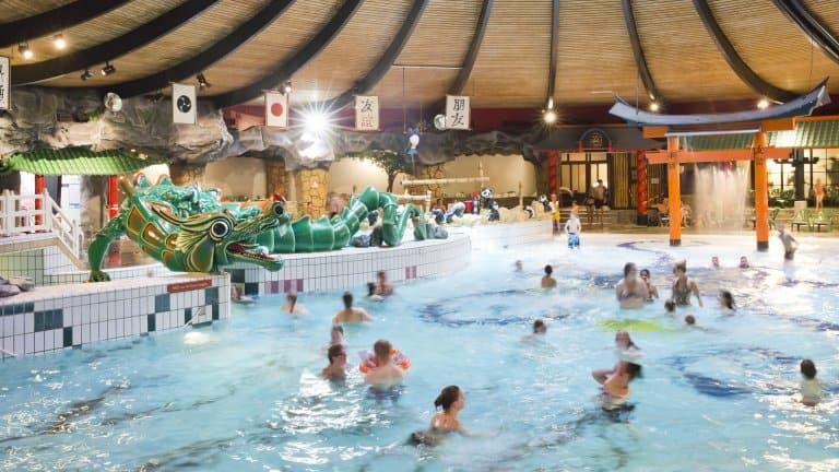 Zwembad van Hotel De Bonte Wever in Assen, Drenthe, Nederland