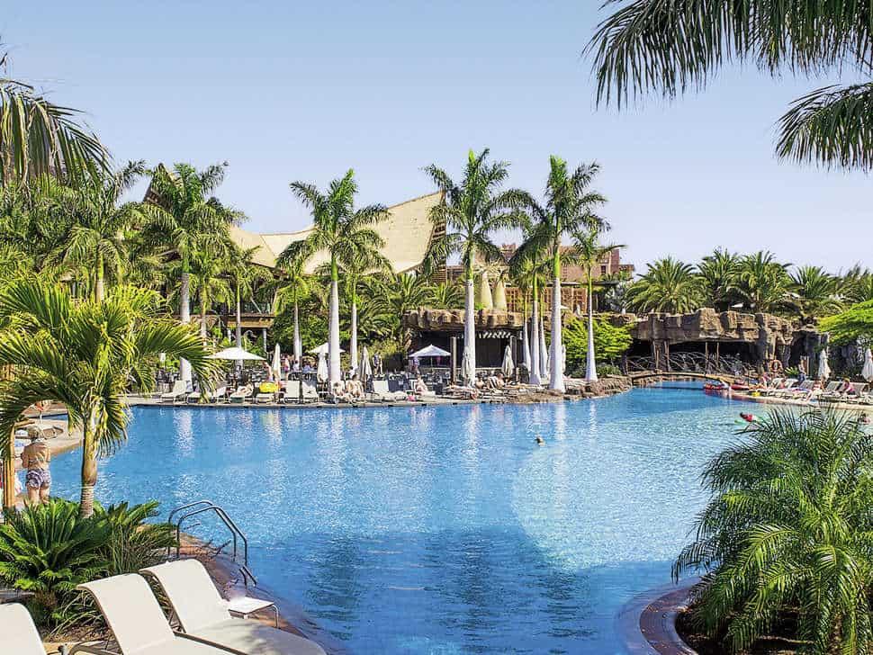Zwembad van Lopesan Baobab Resort in Maspalomas, Gran Canaria, Spanje