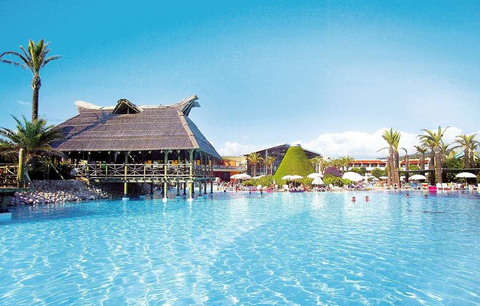 Zwembad van Ligging van Pegasos World Hotel in Side, Turkse Rivièra, Turkije