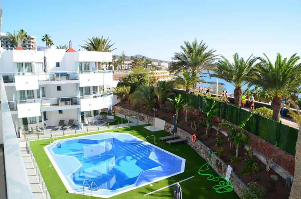 Zwembad van Time to Smile Terrazamar in Playa del Inglés, Gran Canaria, Spanje