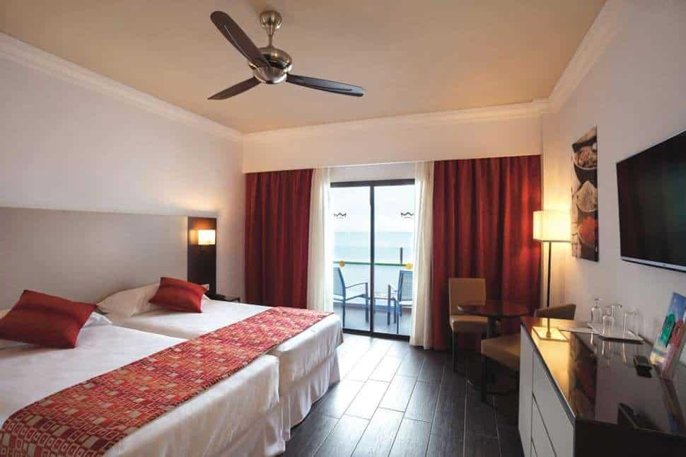 Hotelkamer van Hotel Riu Monica in Nerja, Costa del Sol, Spanje