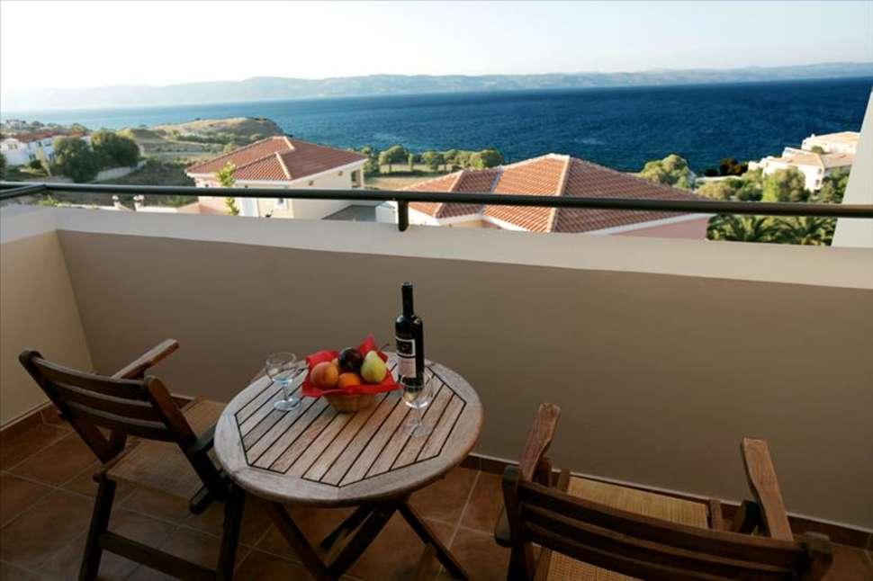 Uitzicht van Sunrise Resort Hotel in Molyvos, Lesbos, Griekenland