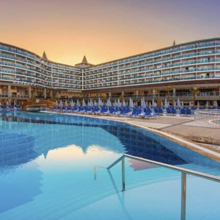 Zwembad van Eftalia Ocean Hotel in Alanya, Turkse Rivièra, Turkije